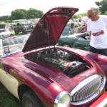 Len admiring a really nice MkIII Austin Healey 3000