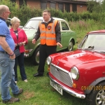 The Mayor and Mayoress admire the club cars